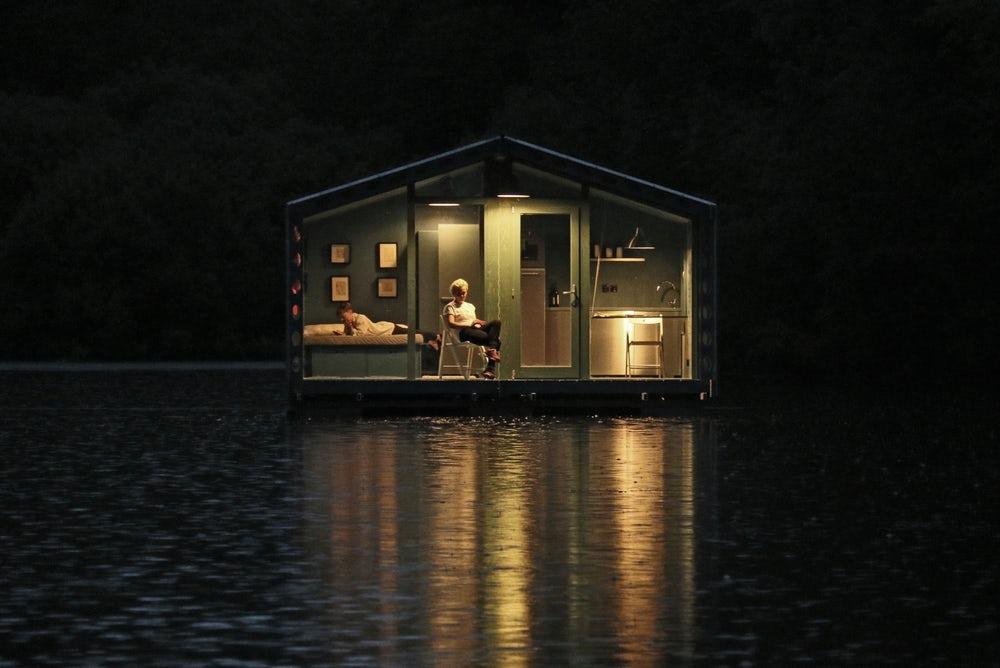 bio architects floating cabin